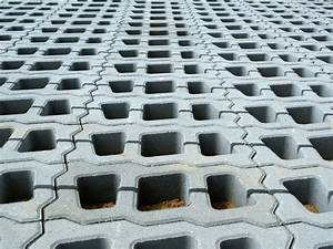 Rasengittersteine Beton Preis : rasengitter verlegen werkzeug material und einfache ~ Michelbontemps.com Haus und Dekorationen