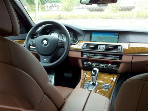 interior cinnamonbrown lightwood cinnamon brown