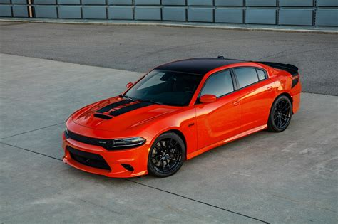 Dodge Adds Bit Of Hellcat To 2017 Dodge Charger, Challenger