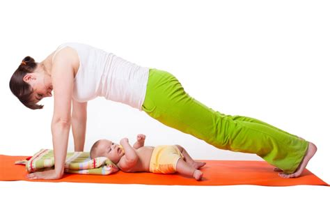 watchfit 5 exercises with a toddler