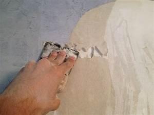 Comment Enlever Le Papier Peint : comment bien d coller son papier peint sans abimer son mur ~ Dailycaller-alerts.com Idées de Décoration