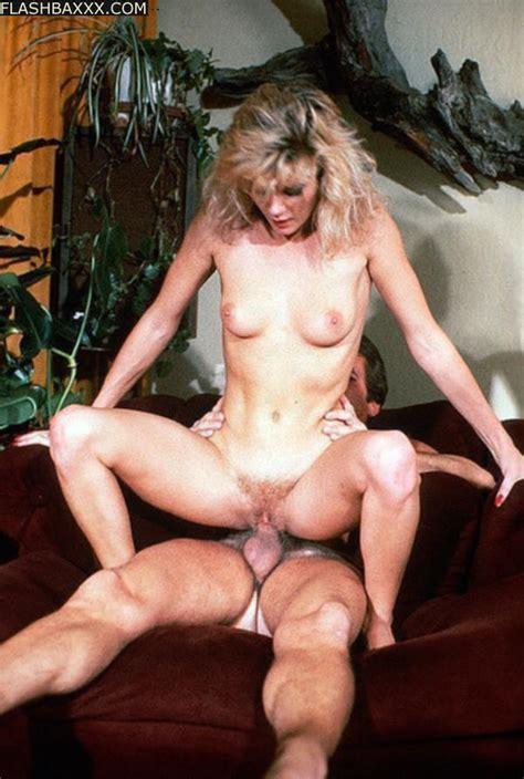 Ginger Lynn Porn At Flashbaxxx