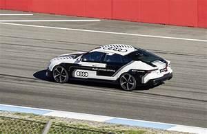 Pilote De Voiture : cette audi rs 7 autonome fait un tour de circuit sans pilote luxe et concept ~ Medecine-chirurgie-esthetiques.com Avis de Voitures