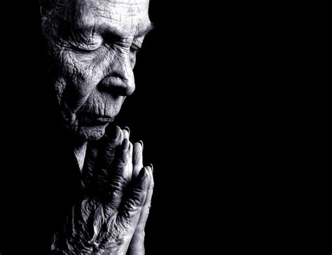 Old Woman Praying - Christian Wallpaper   Wisdom of Old
