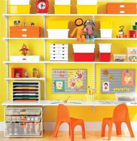 etagere pour chambre ado 20 idées rangement pour plus espace dans chambre d enfant