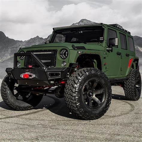 Jeep Picture by 25 Best Ideas About Green Jeep On Jeeps Jeep