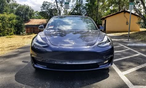 31+ Tesla 3 Production Update Pics