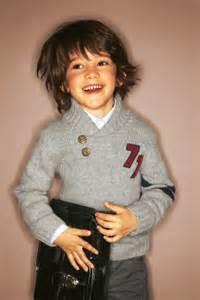 coupe cheveux garcon 5 ans coupe garçon coupe garçon cheveux bruns diaporama beauté doctissimo