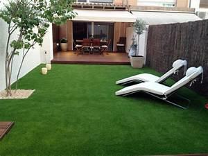 Jardines con cesped artificial para la decoración de la casa