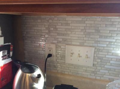 kitchen backsplash peel and stick shop smart tiles 6 pack white silver composite vinyl 7699