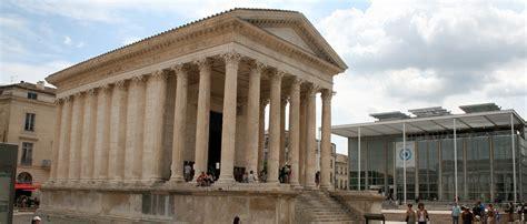 chambre d hotes dans le gard nimes ville romaine maison carrée arenes