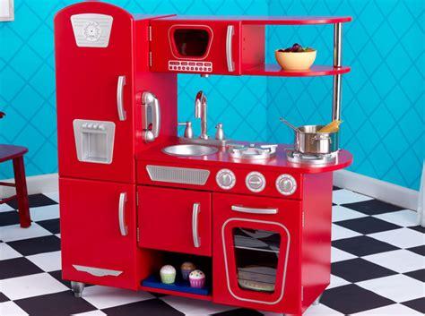 faire cuisine enfant une d 233 co vintage pour la chambre de vos enfants