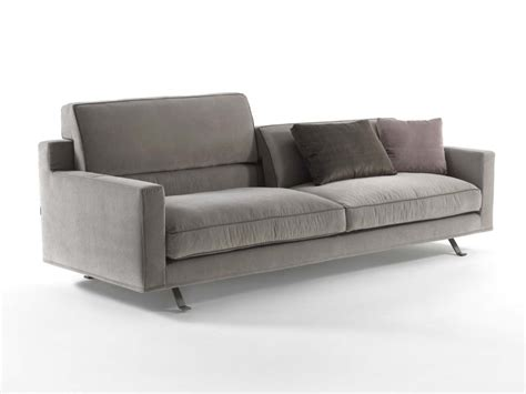Poltrone E Sofa Divani Letto Singoli : James 4 Seater Sofa By Frigerio Poltrone E Divani