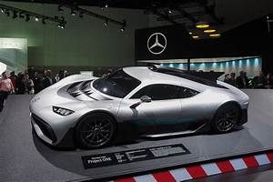 Amg Project One : mercedes amg project one 1 000 horsepower first street legal formula 1 car news the fast ~ Medecine-chirurgie-esthetiques.com Avis de Voitures