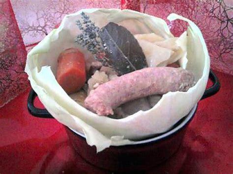 recette de pot 233 e de chou blanc 224 la saucisse