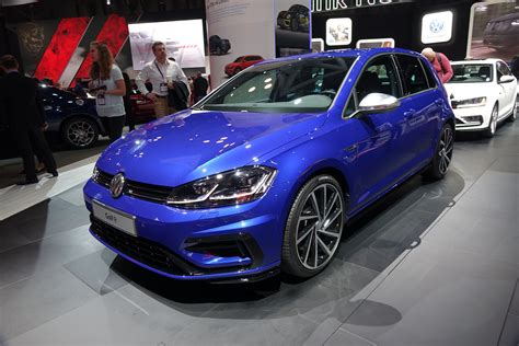 vw golf lineup nipped tucked techd