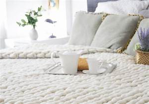 couverture grosse maille xxl chunky blanket mes With tapis chambre enfant avec canapé tissu grosse maille