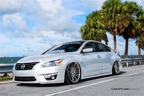 Custom 2015 Nissan Altima  Images, Mods, Photos, Upgrades