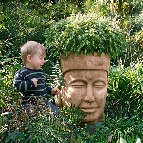 buddha kopf für garten terracotta pflanzgef 228 223 buddha kopf g 228 rtner p 246 tschke