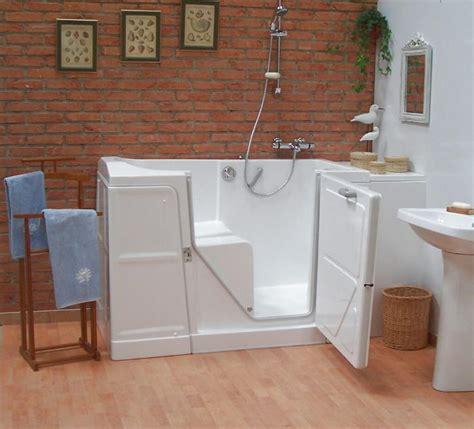 si鑒e baignoire baignoire à porte élévateur de bain salle de bain travauxlib