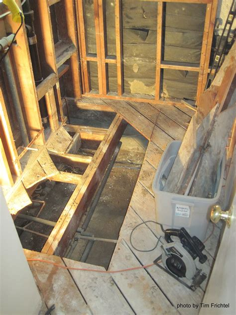 I just wanted to build up a subfloor and just make sure that is level. SUBFLOOR REPAIRS : SUBFLOOR - CONCRETE FLOORING CONTRACTORS