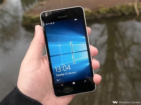 microsoft lumia 550 review the entry level lumia brings some with the bad windows