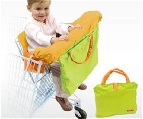 protege siege caddie supermarché comment occuper bébé en courses 0 1 an
