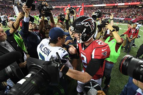 monday night football falcons  seahawks game time
