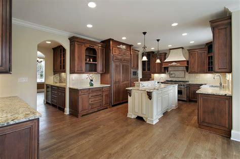 kitchen cabinet varnish alaska white granite countertop with travertine back 2838