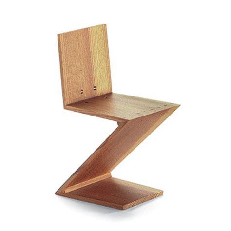 vitra miniature zig zag stoel chair by gerrit rietveld