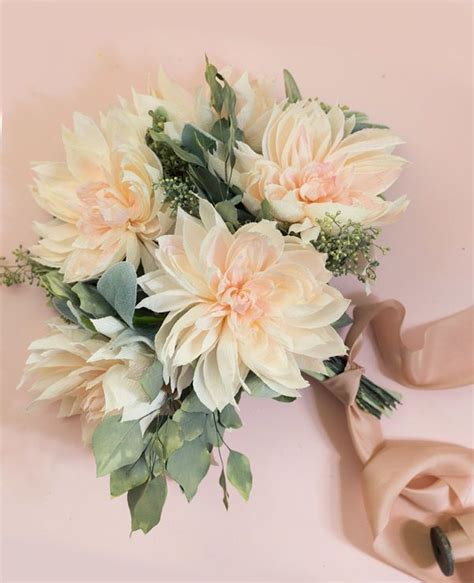 meet your wedding flower these dahlia details will make you swoon we dahlia