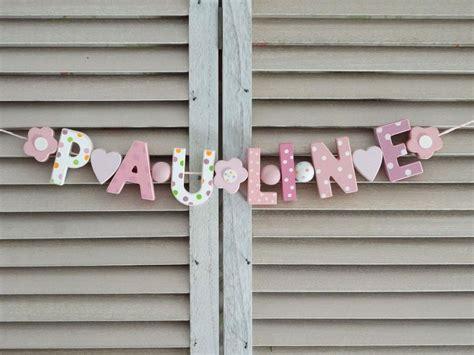 Holzbuchstaben Kinderzimmer Mädchen by Quot Pauline Quot Namenskette Holzbuchstaben Kinderzimmer Name