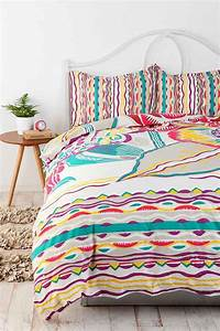 Bauhaus Floral Duvet Cover - Urban Outfitters
