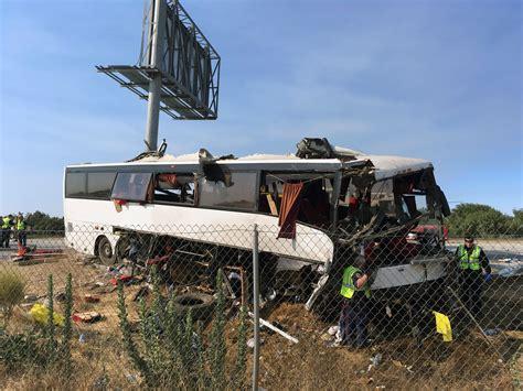California bus crash survivor describes death and chaos ...
