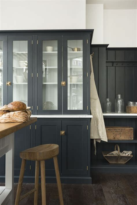 Beautiful Cupboards by Real Shaker Glazed Countertop Cupboards Look Beautiful In