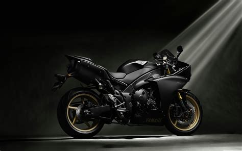 Yamaha Yzf-r1 Black 4k Hd Desktop Wallpaper For 4k Ultra