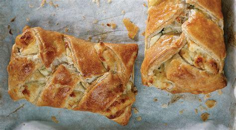 Linda McCartney Foods   Vegetarian Cheese & Leek Plaits