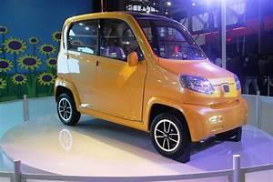 Bajaj Re60  U2013 Ultra Low Cost Car In India