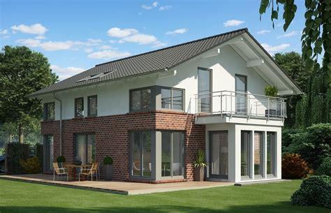 Modernes Einfamilienhaus Klinker Putz Fassade Satteldach