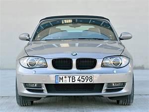 Bmw Serie 1 Cabriolet : bmw 1 series cabriolet e88 2008 2009 2010 autoevolution ~ Gottalentnigeria.com Avis de Voitures