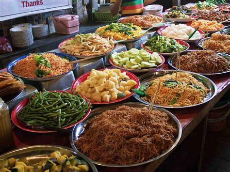 cuisine tradition food in luang prabang laos hostels