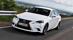 Lexus Is 300h F Sport : lexus is 300h f sport 2013 review by car magazine ~ Gottalentnigeria.com Avis de Voitures
