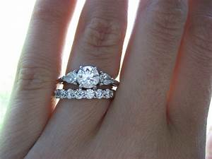 How to wear the wedding and engagement rings weddingelation for How to wear wedding ring and band