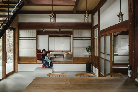 An Old Japanese Farmhouse Gets A Modern Facelift
