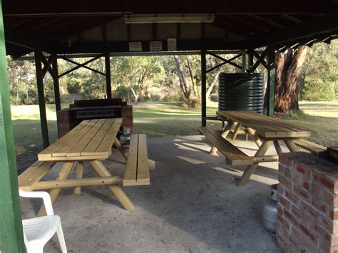 bbq area  colo river holiday park