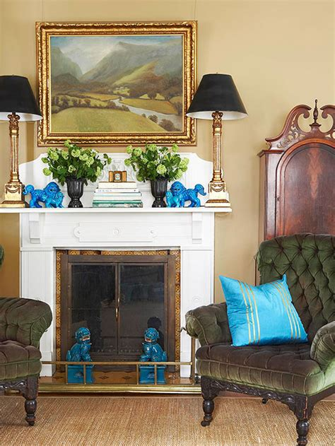 living room paint colors with gold furniture