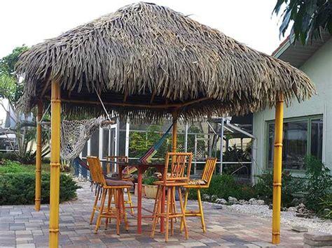 Small Tiki Hut by Tikis