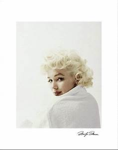 white robe authentic marilyn photos pinterest sexy With robe marylin