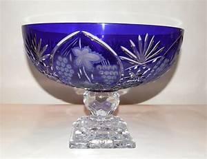 Coupe En Or : coupe bleu en cristal coupe en cristal bleu ~ Medecine-chirurgie-esthetiques.com Avis de Voitures