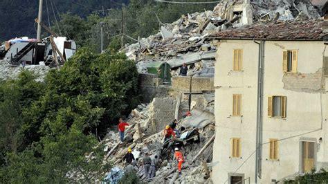 Tremblement De Terre Italie 2015 by Italie Les Eglises Se Mobilisent Apr 232 S Le Tremblement De